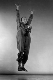 03-philippe-halsman-jump-book
