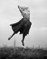11-philippe-halsman-jump-book